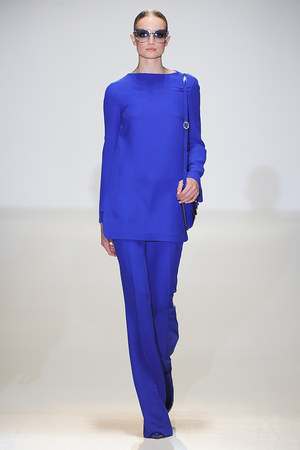 tunic gucci-spring-2013-blue-tunic-top-profile